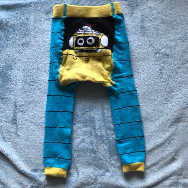 Stretchable pants for baby