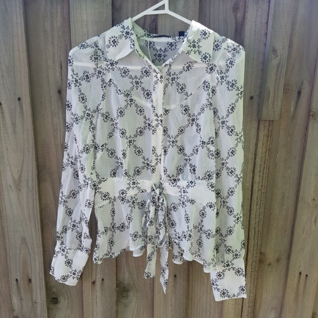 Tokito black and white shirt size 6