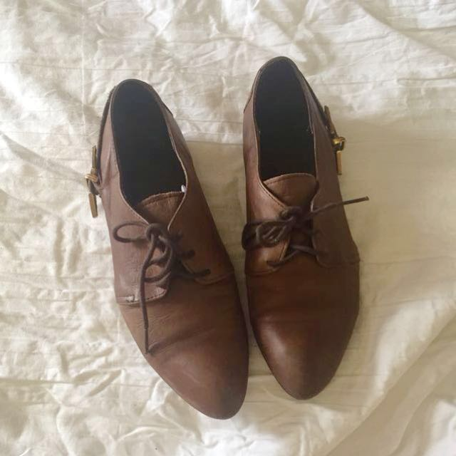 Topshop Raw Leather Derby - 36