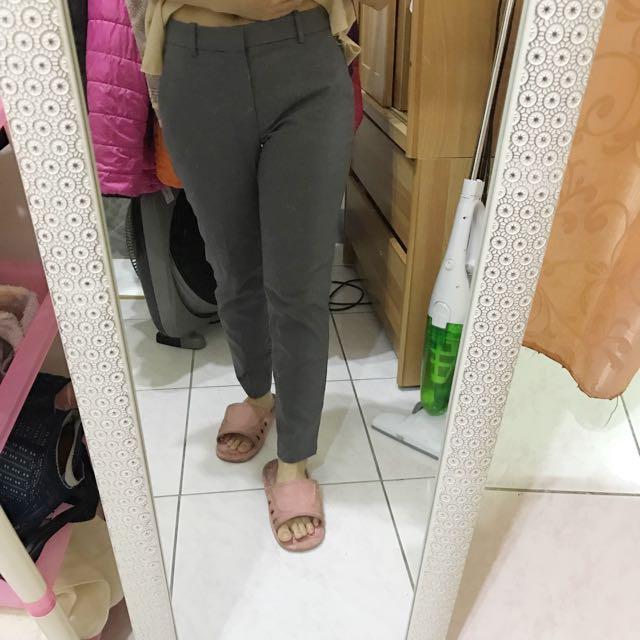 uniqlo淺灰色九分褲