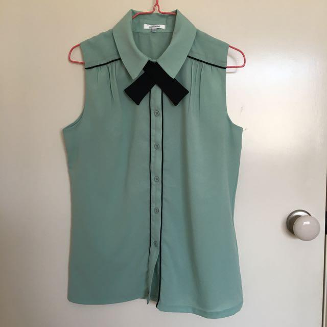 Valleygirl mint sleeveless blouse