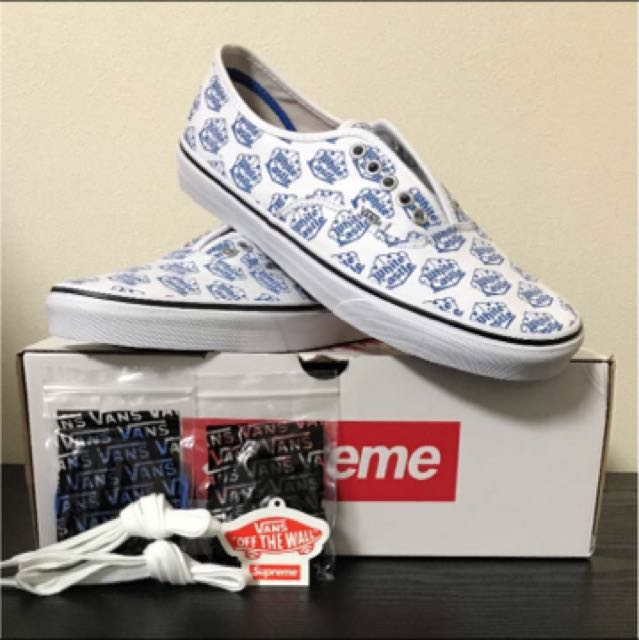 c7b449d875e White  vans authentic × supreme white castle size us 9.5