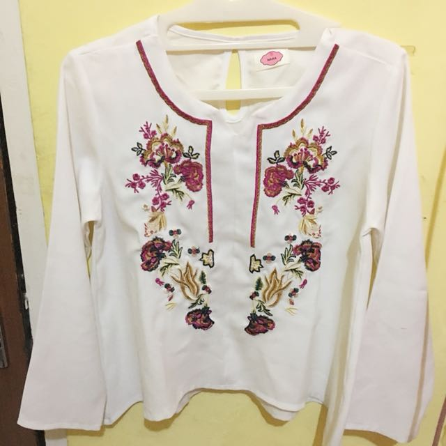 white embroidery top