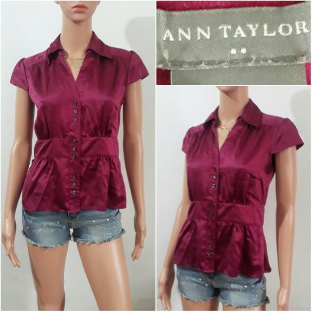(XS) Ann Taylor Loft burgundy top