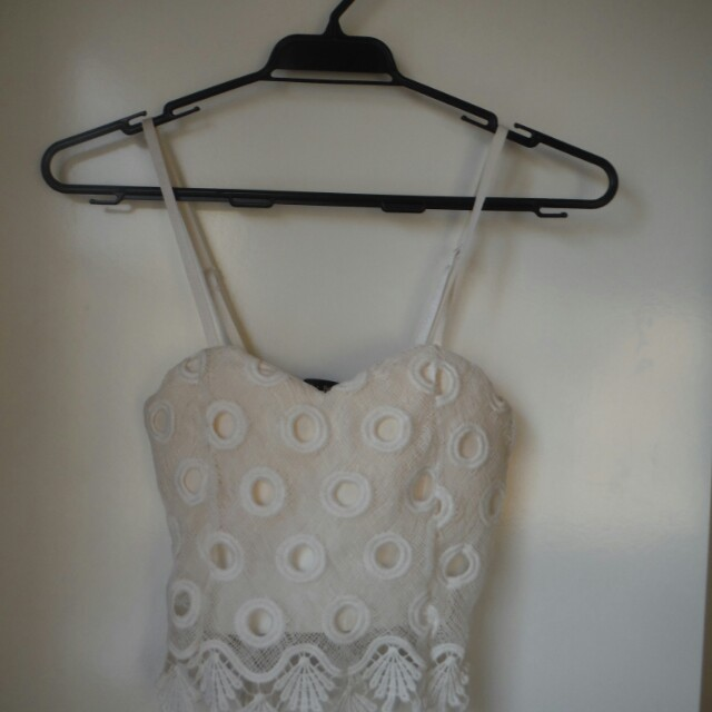 XS white lacey top