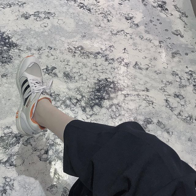 y-3運動鞋