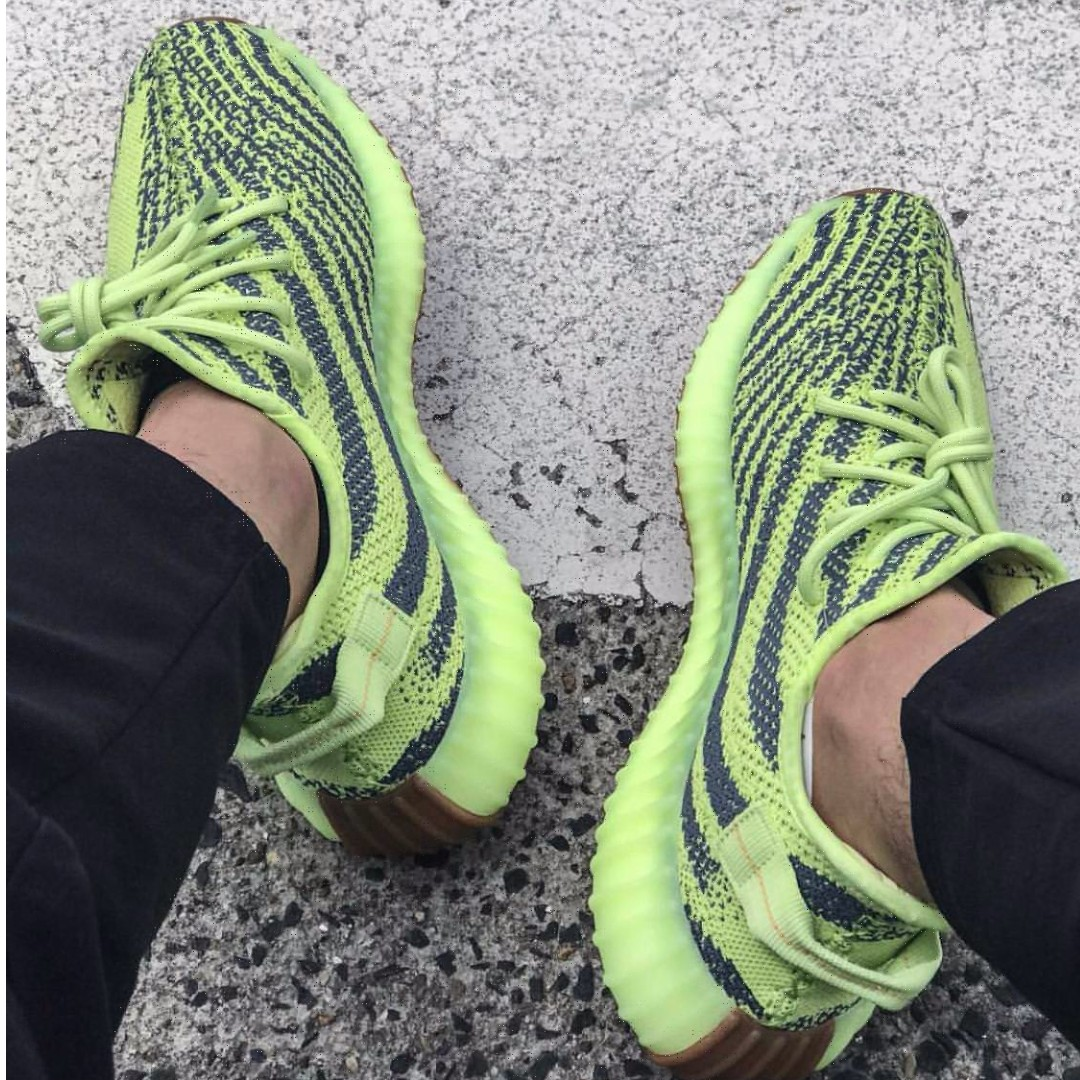 c941d8d25a993 YEEZY BOOST 350 V2 SEMI FROZEN YELLOW UK8.5 Prices lower than US market