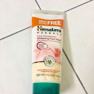 Himalaya Whitening Wash