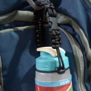 Christmas Gift Ideas: Adjustable Paracord Water Bottle Strap