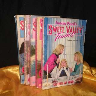 BUNDLE SALE!! SWEET VALLEY TWINS by Francine Pascal