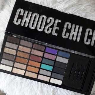 Chi Chi eye shadow palette
