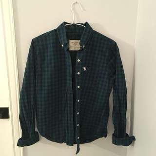 Abercrombie and Fitch women's button down