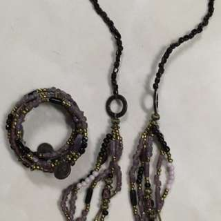 kalung dan gelang etnik ungu