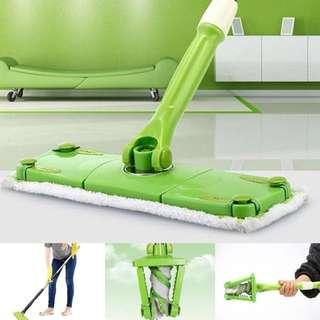 Twisting mop