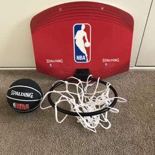 Spalding Mini Basketball Set