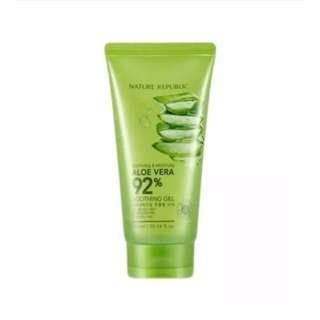 Nature Republic  (TUBE) Soothing & Moisture Aloe Vera 92% Soothing Gel 250ml