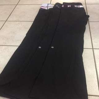 Lululemon groove pants size 6