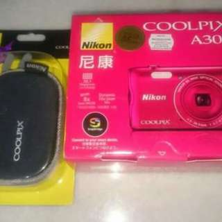Nikon coolpix a300 (free 8gb memory card)
