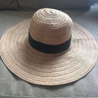 Ruby summer hat