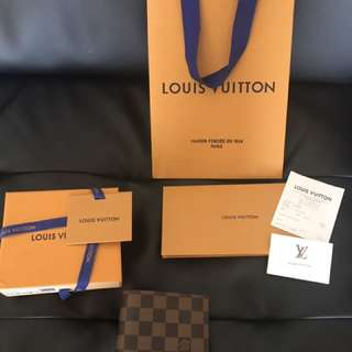 New Louis Vuitton Damier Canvas Wallet