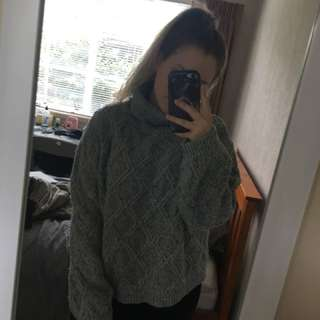 Oversized turtleneck cotton on size M