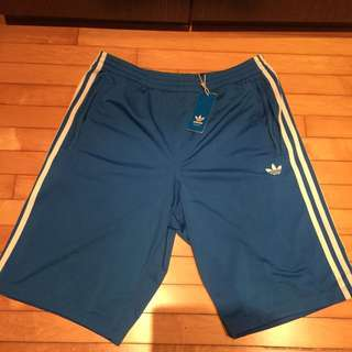 🚚 Adidas復古運動短褲