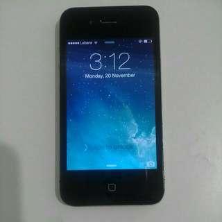 Unlocked iphone 4 .. 32G