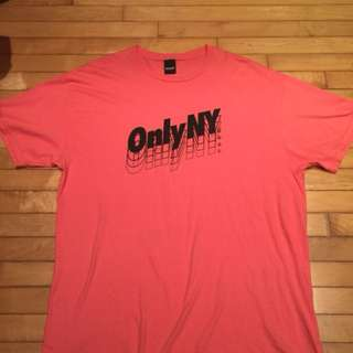 🚚 Only NY 粉色 logo 上衣