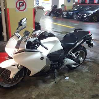 Honda VFR1200F DCT Model 20k Millage ** Price Drop**