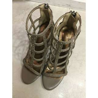 🚚 全新正韓高跟鞋(尺寸24.5)