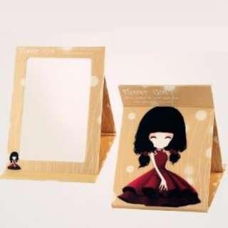 Korean Foldable portable desktop mirror (Light coffee girl)