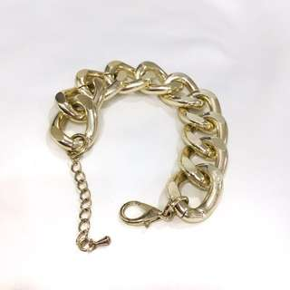 Gold chain thick bracelet