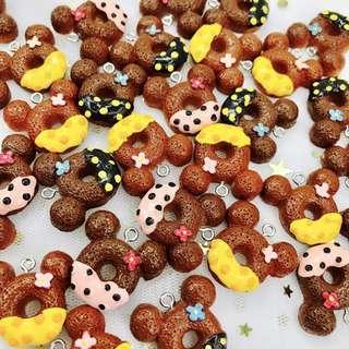 Mickey Donut Keycharms keychains