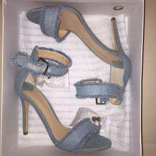 Brand new tony Bianco denim heels