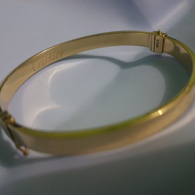 18k Cartier bangle pawnable(8.5 grams)