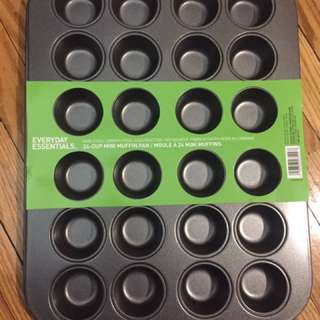 Cupcake tray - new