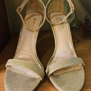 Syrup Heels size 36