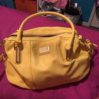 Bright yellow Colette bag medium