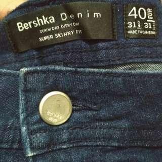 Jeans Bershka 31