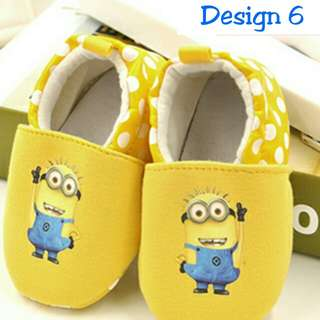 BN 0-3mths minion prewalker shoes