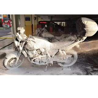 Bike Wash /Bike Grooming / Professional Detailing (Super 4 Cb400)
