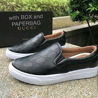 Gucci Slip on Sneaker kicks shoes 👟👟 (AVAILABLE IN BLACK, WHITE, BEIGE & PINK) brand new with a box