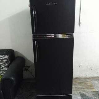 Refrigerator (RUSH SALE)!! 9k pag today binili
