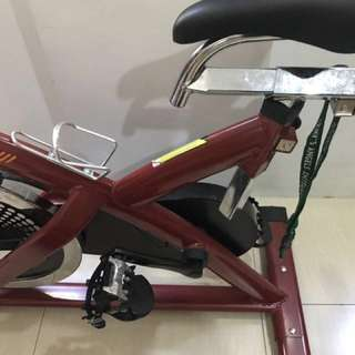 MOVING OUT SALE RUSH‼️💯Stationary Bike for health
