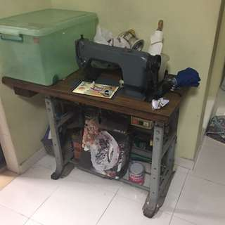 Vintage sewing machines #blackfridaysale