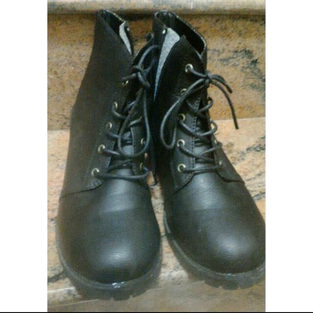 24.5 皮革小短靴 降