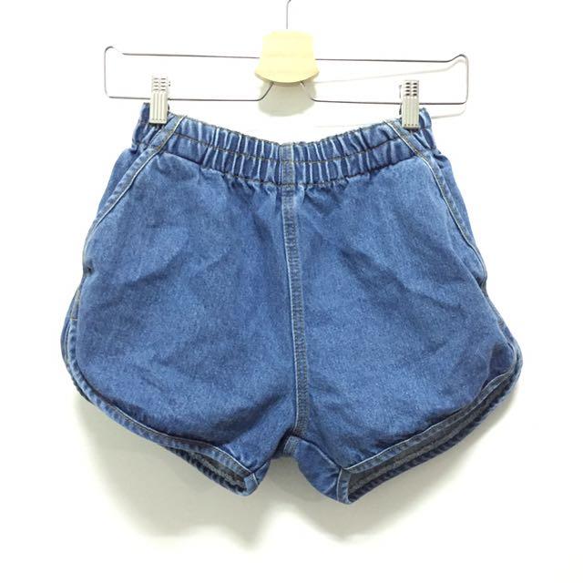 瘦腿牛仔短褲