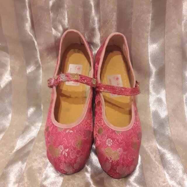 小花園繡花鞋