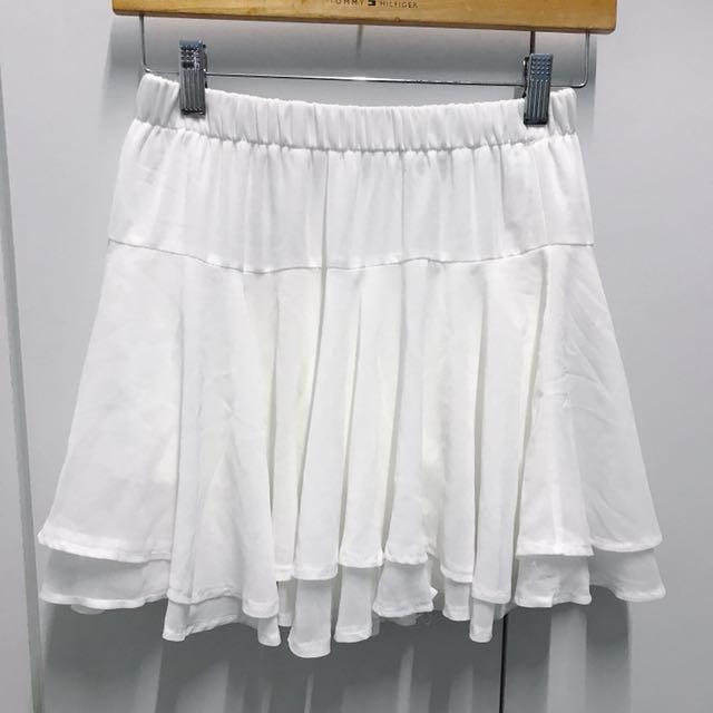 全新*純白飄逸雪紡波浪短裙/褲裙
