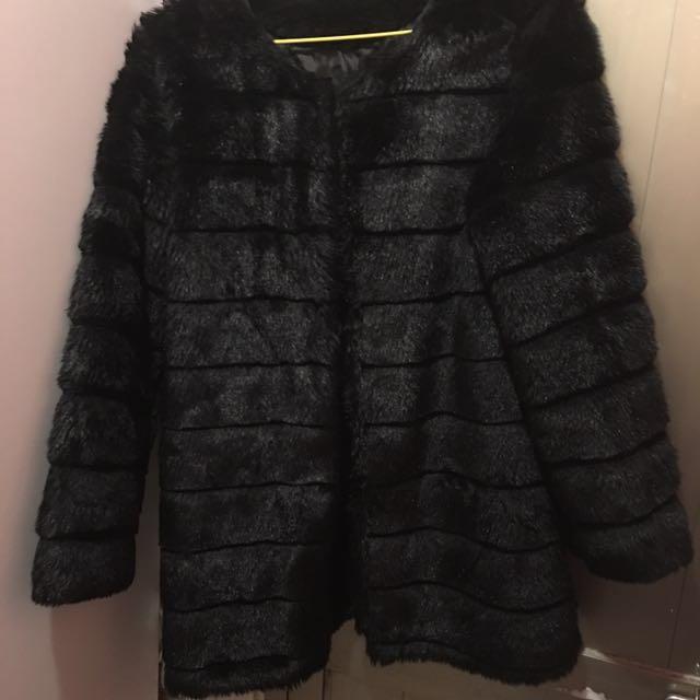 仿皮草款外套 (人造毛)黑色